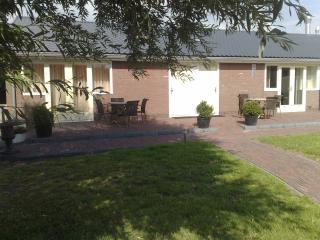 luxe vakantie appartementen op kaasboerderij/manege, South Holland Province