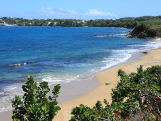 The Sands - Oceanfront with Private Stairway to the Beach, Vieques