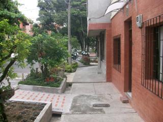 Apartaestudio amoblado -Laureles -Medellin, Medellín