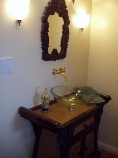 decorator bathroom