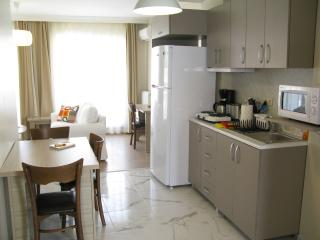 Cozy 2+1  Fully Equipped Apartment!, Istanbul