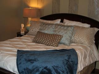 Ground floor queen size bedroom Nova Foam mattress for an amazing nights sleep!