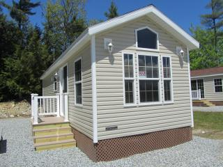 RV Park Model Cabin, Alton