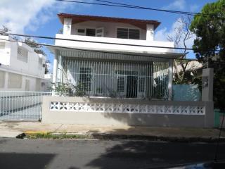 Entire Two-story Home in San Juan - Casa Estrella