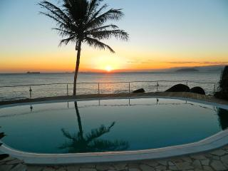 charming SUITES-BANGALOW on the seashore (Sol-Lua), Ilhabela