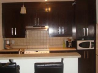 Condo Laval/Montreal 3mths or L/T: Pool,Tennis,Gym, holiday rental in Bowie