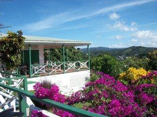 Moonlight Shala- high in the hiils with sea views, Tobago