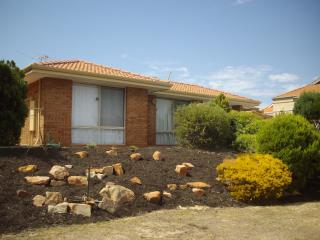 Great location in Joondalup with NBN and close to public trans shops and beaches