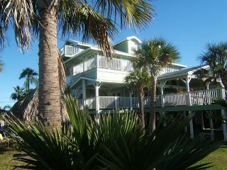 Immaculate Dickinson Bayou Waterfront Property 3 B