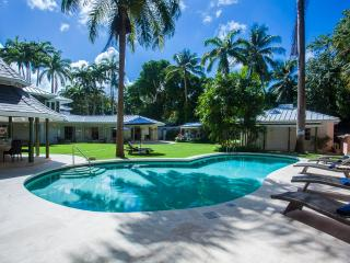 luxury 5 to 8 bed villa in Queens Fort, Barbados, Holetown