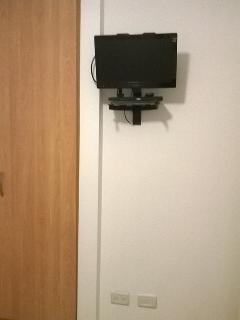 Bed 1 TV DVD