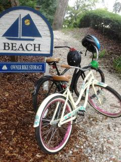 Single speed beach cruisers