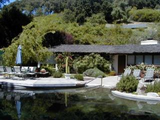 Carmel Valley Retreat with pool, hot tub sleeps 10