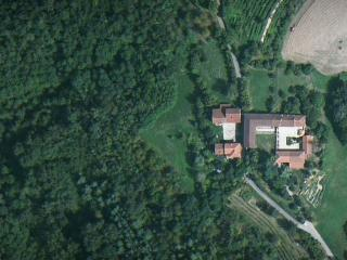 Old Farmhouse in Piedmont: Cascina Valledelserro