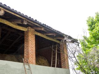 Old Farmhouse in Piedmont: Cascina Valledelserro