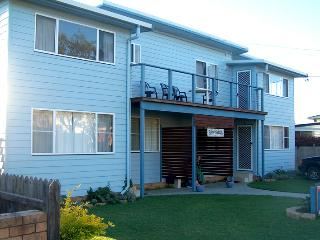 Beachcombers Unit 3-Self-catering-Spacious-Value!, Wooli