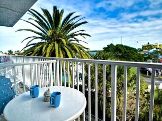 Clearwater Beach Waterfront Condo 21 Avail Match 4 to 7th!