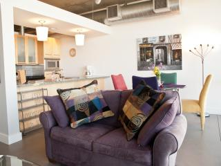 Denver 16th St Penthouse - Close To Union Station Only $9.00 to DIA  Kitchen