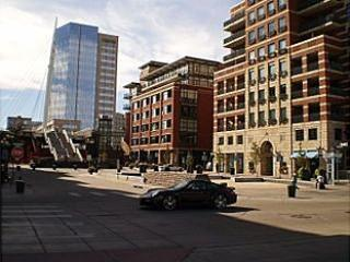 Denver 16th St Penthouse  Only $9.00 / 32 minutes to DIA  Walk To Union Station