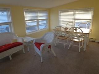 37th St South 1 Br Apt 2nd Floor Beach Block, Brigantine
