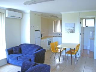 2 Bedroom Self-contained Ground Floor Apartment, Robe