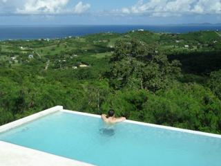 360 Vieques - Romantic Hilltop Villa Private Pool