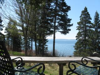 "Cedarledge Cottage at Seaside Cottages, waterfront, Acadia - ""quiet"" side of MDI, Southwest Harbor"