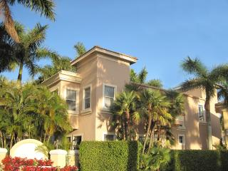 5 Room Lock-Out Golf, Tennis, SPA Resort Villa Suite (Nicklaus + Norman), Palm Beach Gardens