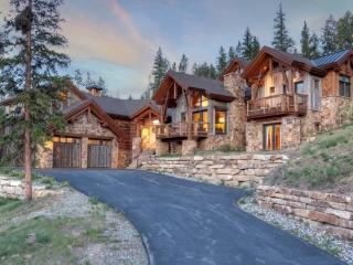Unparalleled Highlands Home with Three Master Suites and 5,600 Square Feet of Luxury, Breckenridge