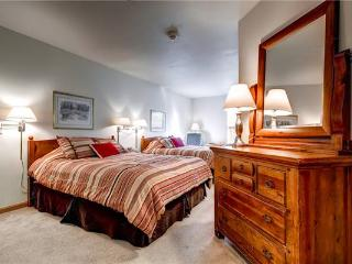 Affordable Breckenridge Studio Ski-in - E119B