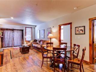 Appealing Breckenridge 3 Bedroom Walk to lift - M2204