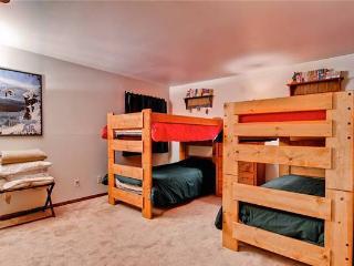 Conveniently Located Breckenridge 2 Bedroom Ski-in - PB201
