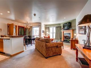 Comfortably Furnished Breckenridge 1 Bedroom Ski-in - RE229