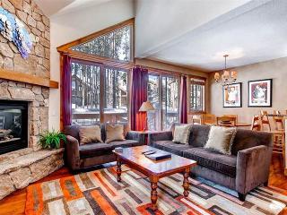 Affordably Priced Breckenridge 3 Bedroom Ski-in - SWI57