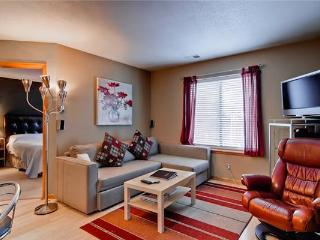 Inviting Breckenridge 1 Bedroom Free shuttle to lift - VP209