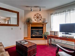 Conveniently Located Breckenridge 1 Bedroom Ski-in - W218F