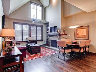 Economic Breckenridge 2 Bedroom Walk to lift - WE304