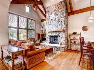Comfortably Furnished Breckenridge 4 Bedroom Walk to lift - WR49