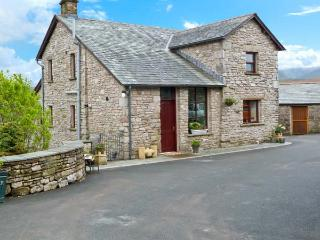 GARS COTTAGE, woodburner, outstanding views, traditional features, near Ravenstonedale, Ref. 24156