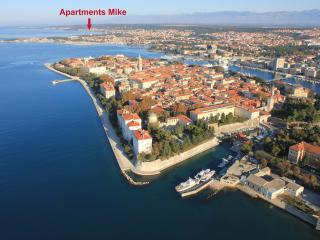 3 Bedroom Apartment with 2 Balconies and Sea-view, Zadar