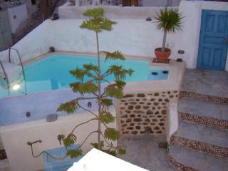 Emporio Cycladic Traditional Style Villa, Santorin