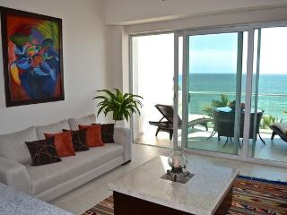 Azul Condominium Ocean Escape