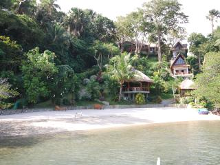 2 Bedroom Luxury Villa and Beach In Puerto Galera