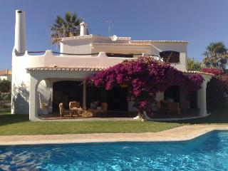 Beach front villa private pool Albufeira 5 bedroom, Patroves