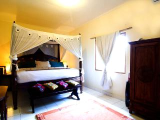 3 Bedroom Holiday House Near Balangan Beach Jimbaran