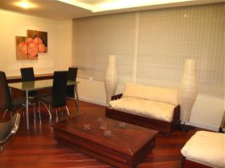 PRIME LOCATION, BRAND NEW APARTMENT, Quito