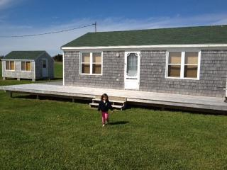 Waterfront cottage at entrance to National Park !, Pelham
