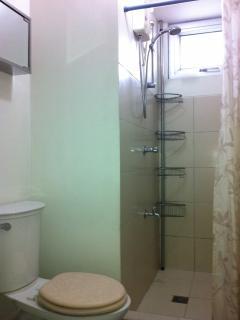 Shower/Toilet