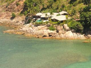 BEACHFRONT VILLA with COOKING CHEF+MAJORDOME+MAID, Ko Phangan