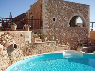 Samonas - No4 Faskomilia / One bedroom villa, Chania